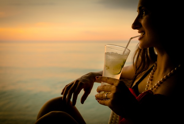 Sundowner Cocktails overlooking the Victoria Falls