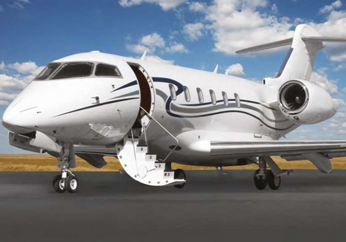 Aircraft - Bombardier Challenger 300 or Learjet 45