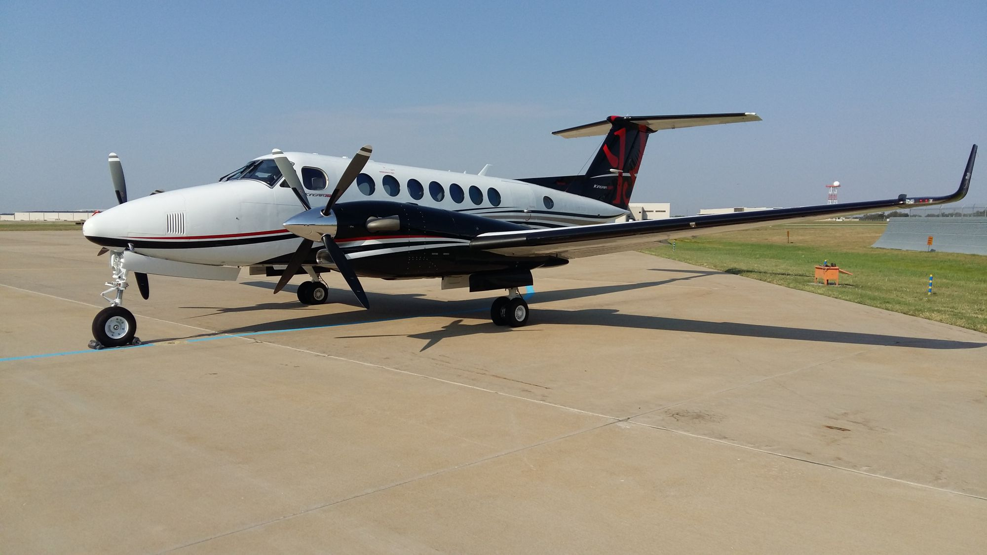 Aircraft - Beechcraft King Air 350